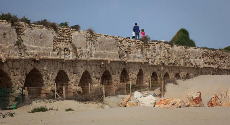 146 - Auqaduct near Caesarea National Park south of Haifa