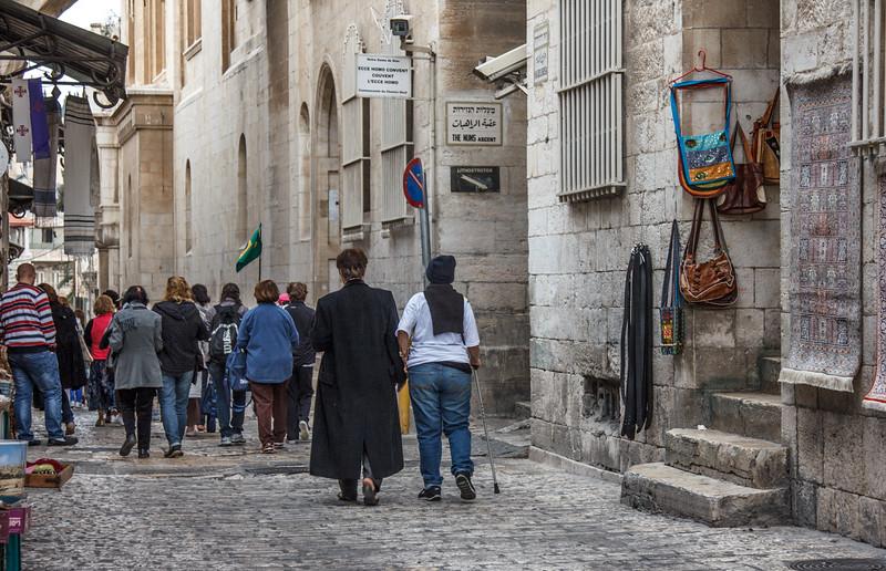 113- People walking the Via Delorosa