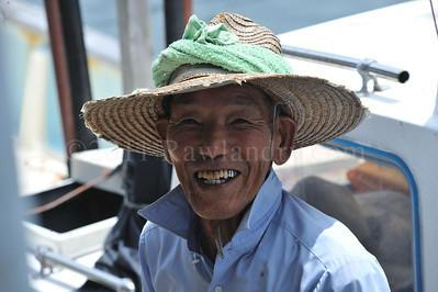 Awaji Shima - Fukura - Fishermen - Japan - ©Rawlandry