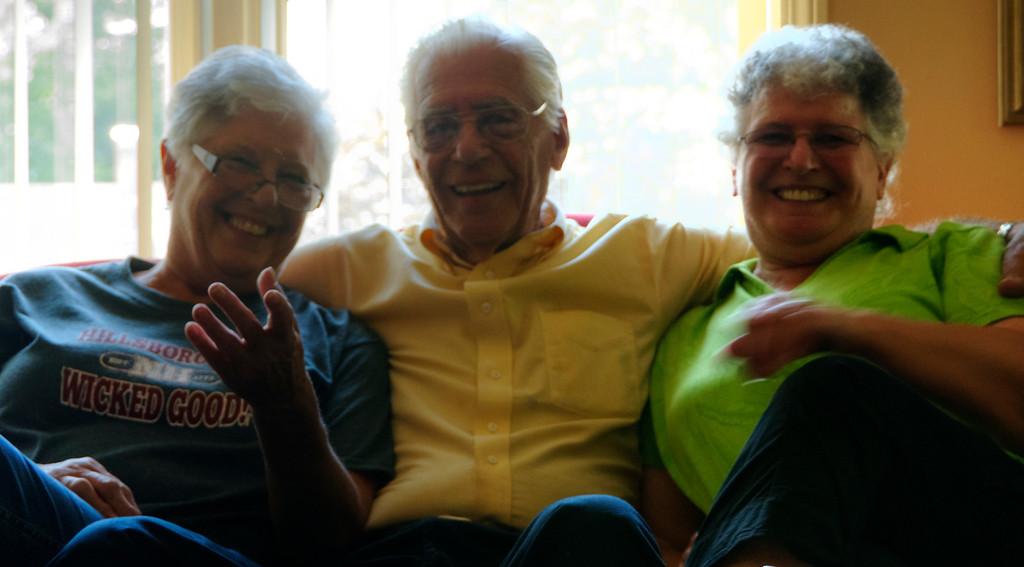 Carol, Willy, Joan in Hillsboro