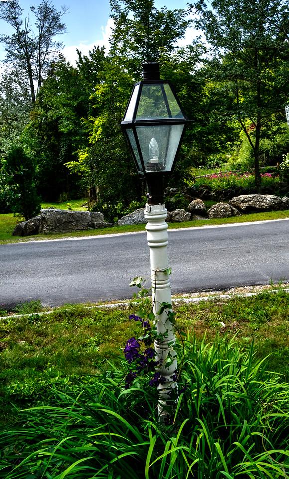 light post at Carol's Hillsboro Center house