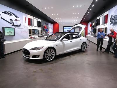 Tesla (cool car)