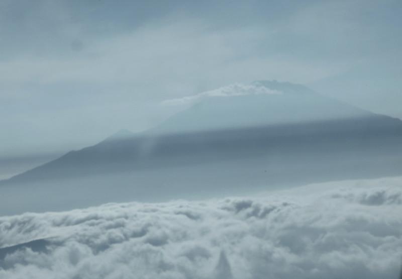 A05- Mt Kiiimangaro from plane tif