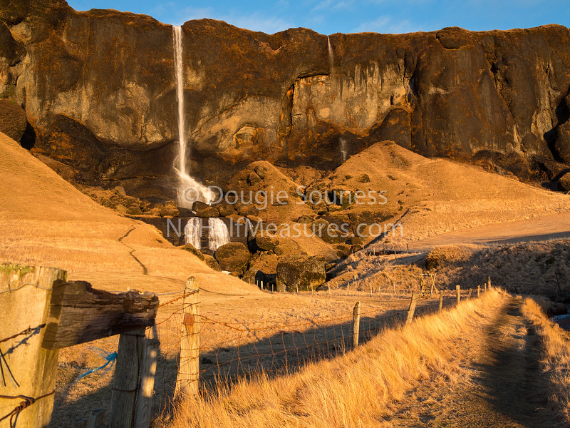 'Fence to the Falls'