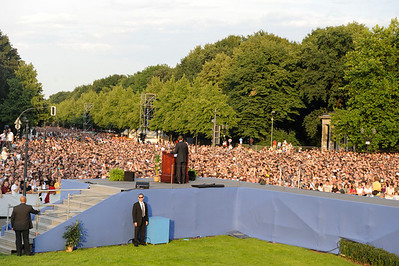Senator Barack Obama holds rally in victory Column in Berlin Germany where approximately 200,000 peolpe came to hear Senator Obama's Speech. VALERIE GOODLOE