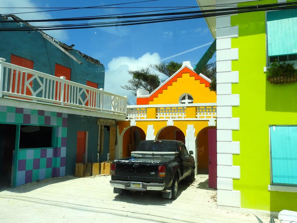 Nassau Colors