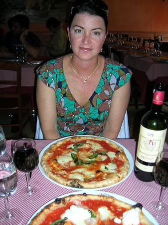 PIZZA WHERE IT BEGAN, NAPOLI