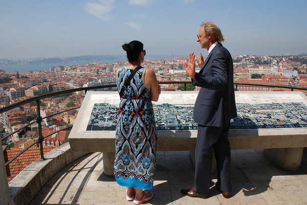 """EXCELLENT TOUR GUIDE IN LISBON, PORTUGAL.  HE INSISTS, YOU MUST SAY """"LISBOA."""""""