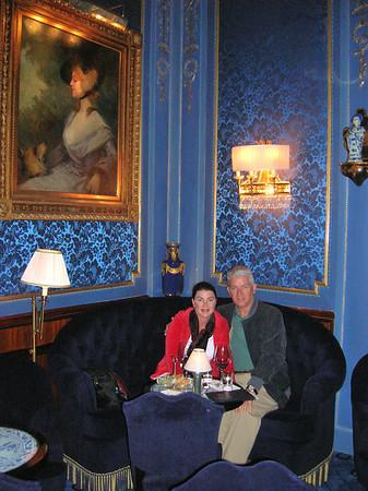 THE BLUE BAR AT THE SACHER WEIN (Vienna)