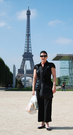 AGAIN IN PARIS WITH A BAG OF WINE AND CHEESE
