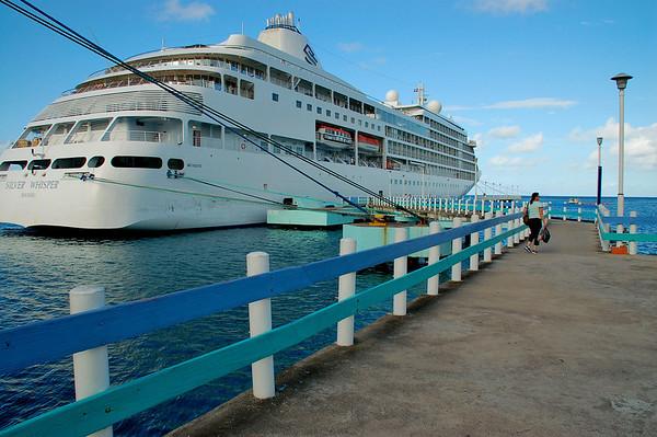 BACK TO THE SHIP OCHO RIOS