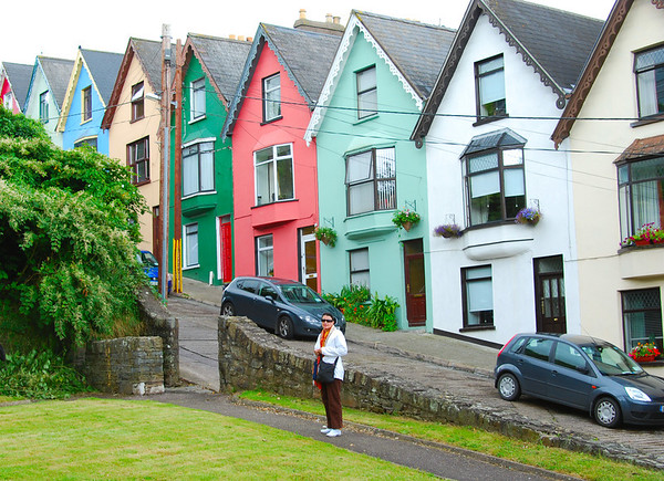 COLOURFUL HILL IN COBH
