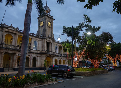 160801 1741 - The old GPO building at Rockhampton.