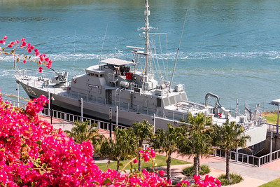 "160802 1123 - HMAS ""Gladstone"", now decommissioned and permanently moored in Gladstone harbour."