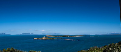 160729 1519 - The view out to sea from Flagstaff Hill at Bowen.