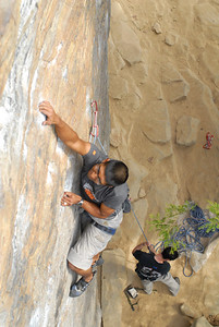 Omar on Dragonslayer (5.10d) at Roadside. Photo by Joseph Ho.