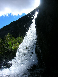 This is an awesome waterfall pic.