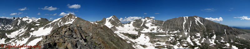 Panorama from south to north off Little Pawnee's summit.