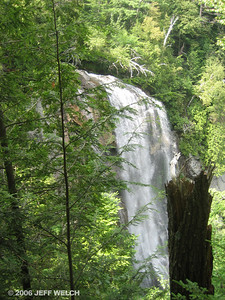 The Pyramid-Gothics trail, which I descended, passes this gorgeous waterfall, Rainbow Falls.