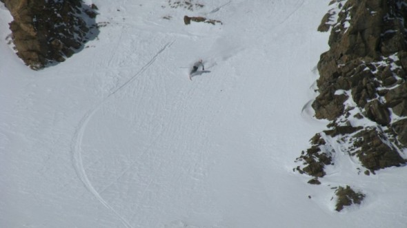 Sydney rips a turn out of the chute.