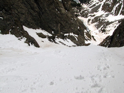The line stays interesting after the crux, as the steepest part is yet to come, and there are plenty of rocks and boulders to weave through in the middle 1/3 of the line.  Photo: M. Records