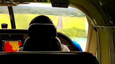 Landing, Arenal Airport, La Fortuna