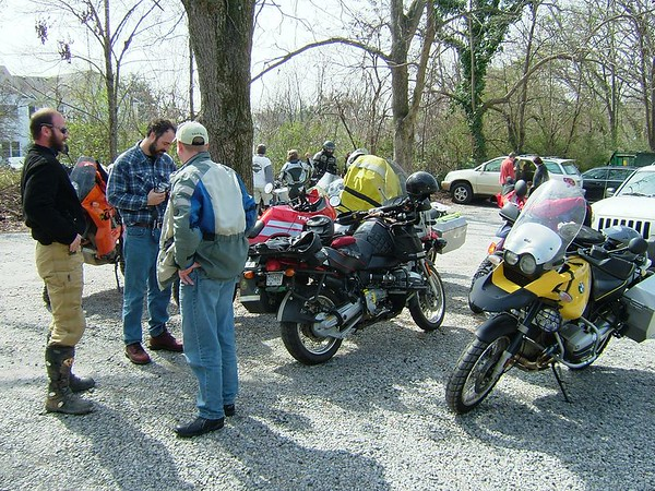 AdvRider Swallow at the Hollow 2005