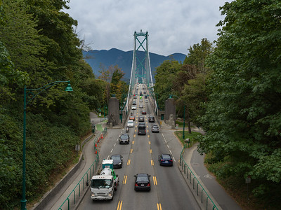 View of the Lions Gate Bridge