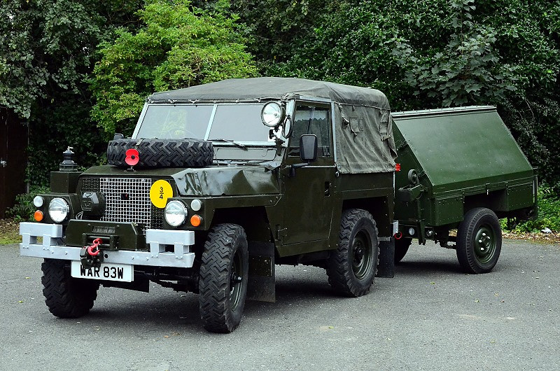 Keth`s Land Rover with Sankey tool trailer...