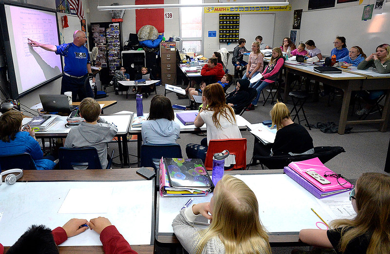 Turner Middle School teacher Dave Hunn leads a sixth-grade math class Thursday, April 26, 2018, at the school in Berthoud. (Photo by Jenny Sparks/Loveland Reporter-Herald)