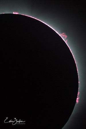 Total solar eclipse of August 21, 2017 (8x12 formats)