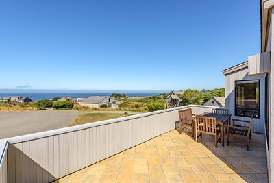 Top Deck with Ocean Views