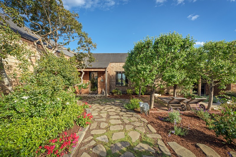Front Entry & Garden