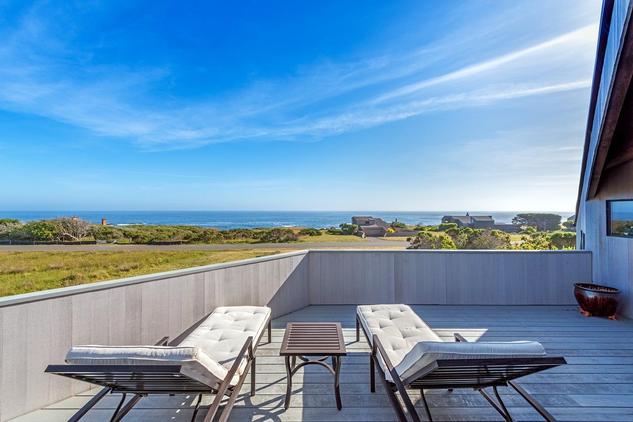 Top Deck with Ocean Views