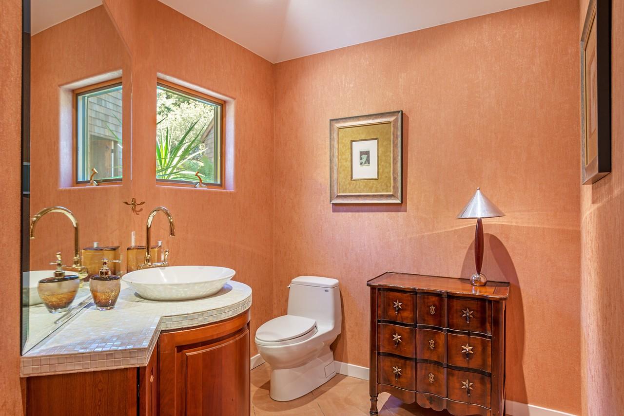 Guest Bathroom in main house
