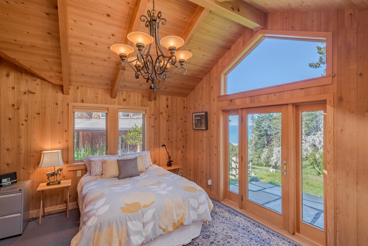 Guest Bedroom with view