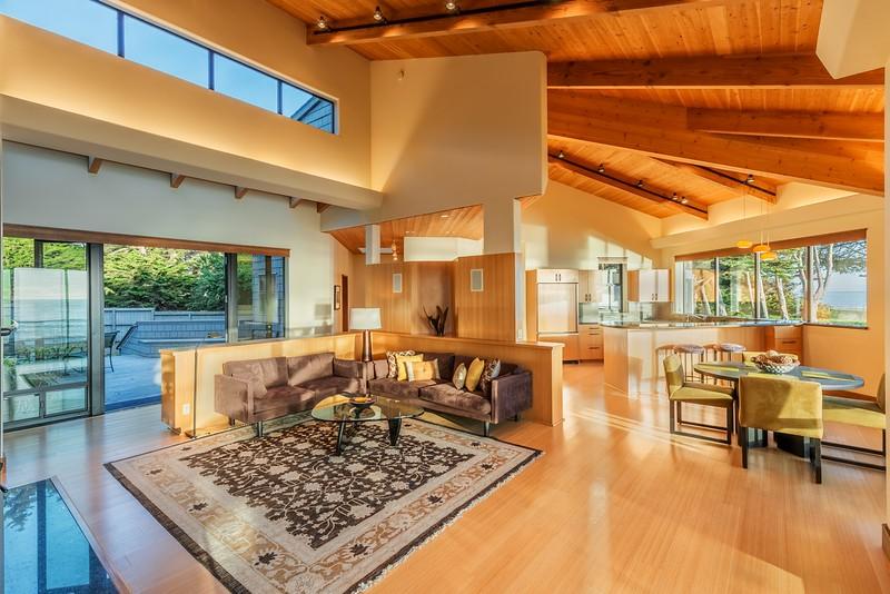 Sunlight Living Room