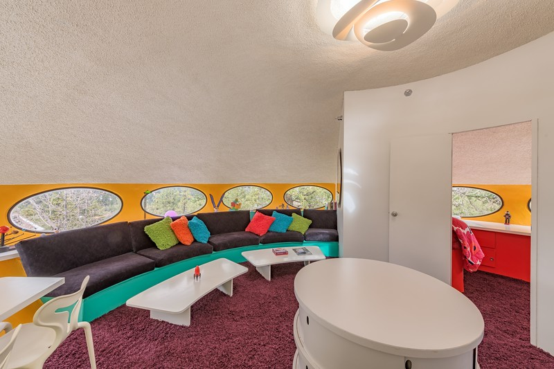 Living Room & Entry to Bedroom in Futuro