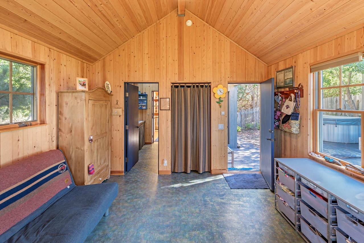 The Knitters Studio