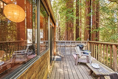 Deck,  Walk in Cabin
