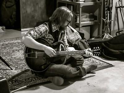 ross guitar studio