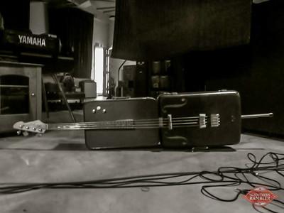 TSR-suitcase bass studio