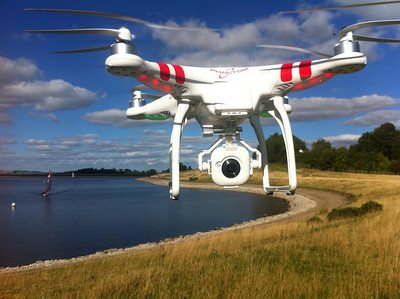 Phanton FC40 Hovering on bank ready to film