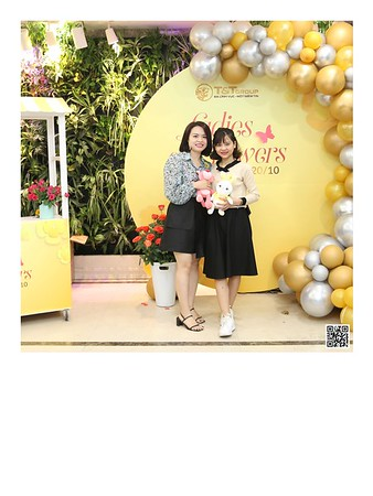 T&T Group | Women's Day 20/10 instant print photo booth | Chụp ảnh in ảnh lấy ngay Ngày Phụ nữ Việt Nam 20/10 | Photobooth Hanoi