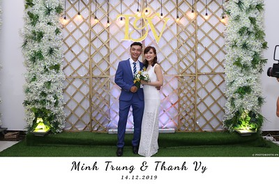 Trung-Vy-wedding-instant-print-photo-booth-Chup-anh-in-hinh-lay-lien-Tiec-cuoi-WefieBox-Photobooth-Vietnam-128