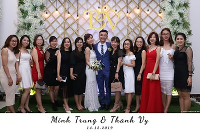 Trung-Vy-wedding-instant-print-photo-booth-Chup-anh-in-hinh-lay-lien-Tiec-cuoi-WefieBox-Photobooth-Vietnam-121