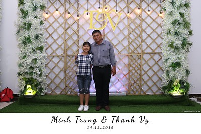 Trung-Vy-wedding-instant-print-photo-booth-Chup-anh-in-hinh-lay-lien-Tiec-cuoi-WefieBox-Photobooth-Vietnam-138