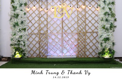 Trung-Vy-wedding-instant-print-photo-booth-Chup-anh-in-hinh-lay-lien-Tiec-cuoi-WefieBox-Photobooth-Vietnam-095