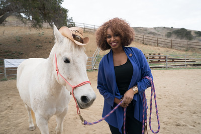 GloListic Season 2: Equine Therapy