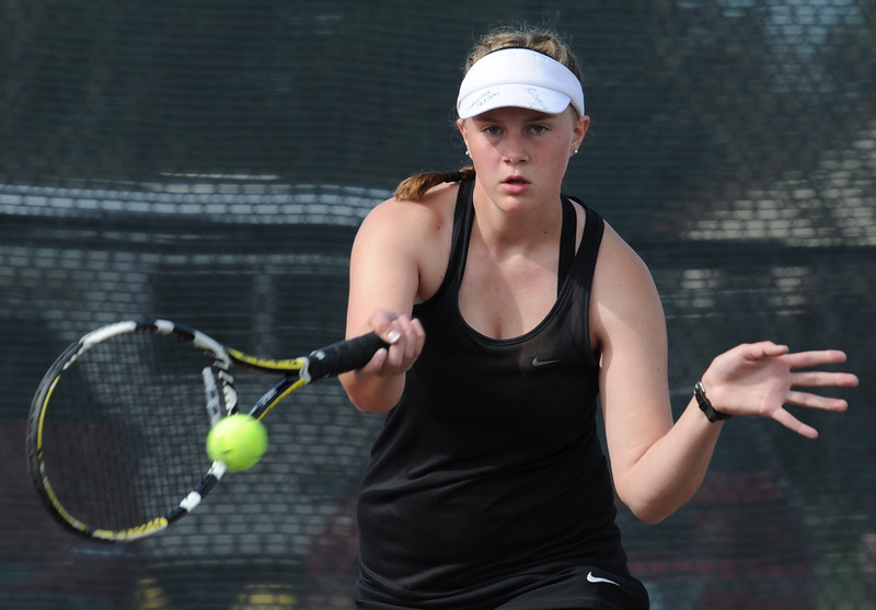Mountain View's #1 singles player Rebecca Hinds plays her match against Mead's Cara Fitzpatrick Thursday, May 6, 2016, during 4A regional tennis at Centennial Park in Greeley. (Photo by Jenny Sparks/Loveland Reporter-Herald)
